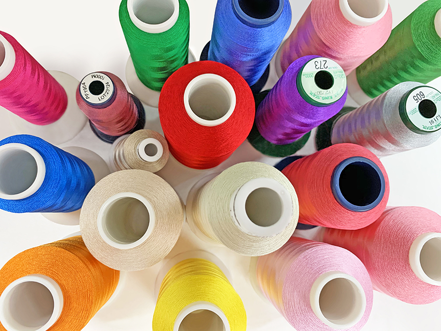 Thread colors - demonstration of embroidery digitizing in Wilcom EmbroideryStudio